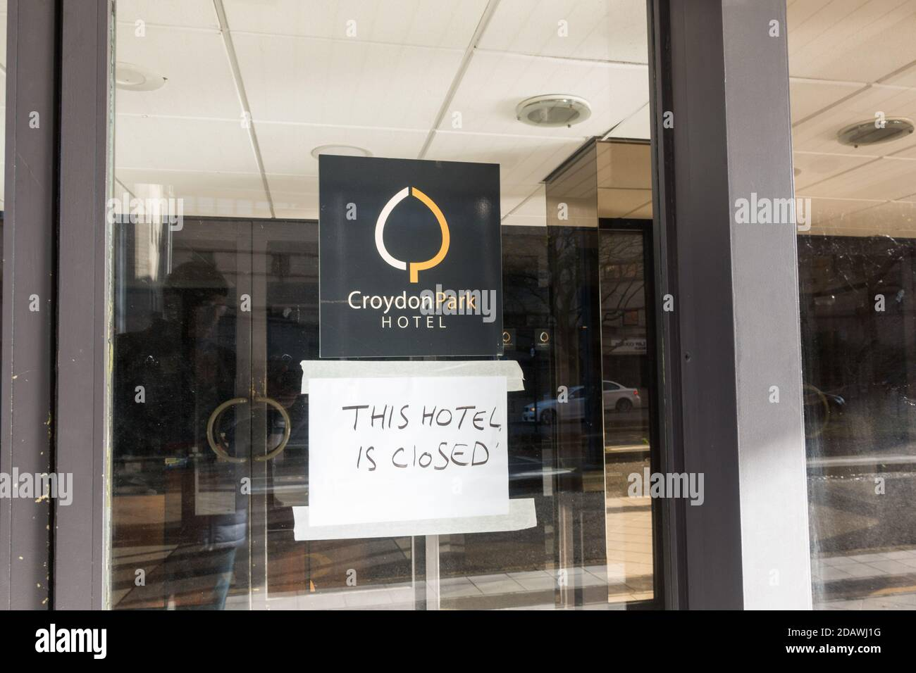 croydon-park-hotel-closed-in-2020-due-to-the-crisis-in-croydon-council-when-it-was-declared-bankrupt-2DAWJ1G.jpg