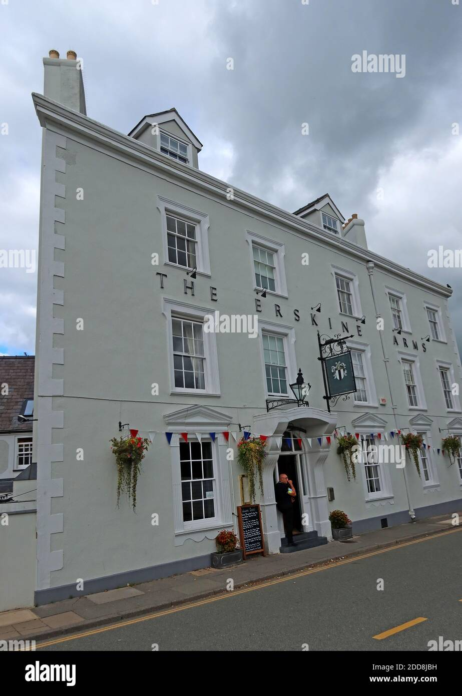 GoTonySmith,Hotpixuk,@Hotpixuk,North Wales,coast,Conway,River Conwy Quay,coastal,town,Gwynedd,Welsh,Wales,UK,tourist,tourism,harbourside,LL32,Victorian,building,Hotel,coaching Inn,1830,1840,landowners,stables,The Malt Loaf,CAMRA,beer,bar,pub,real ale,Georgian coaching inn,Georgian,coaching inn,renovated,updated