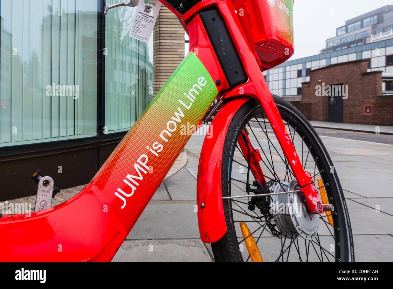jump-is-now-lime-rebranded-jump-bike-on-london-pavement-2DHBTAH.jpg
