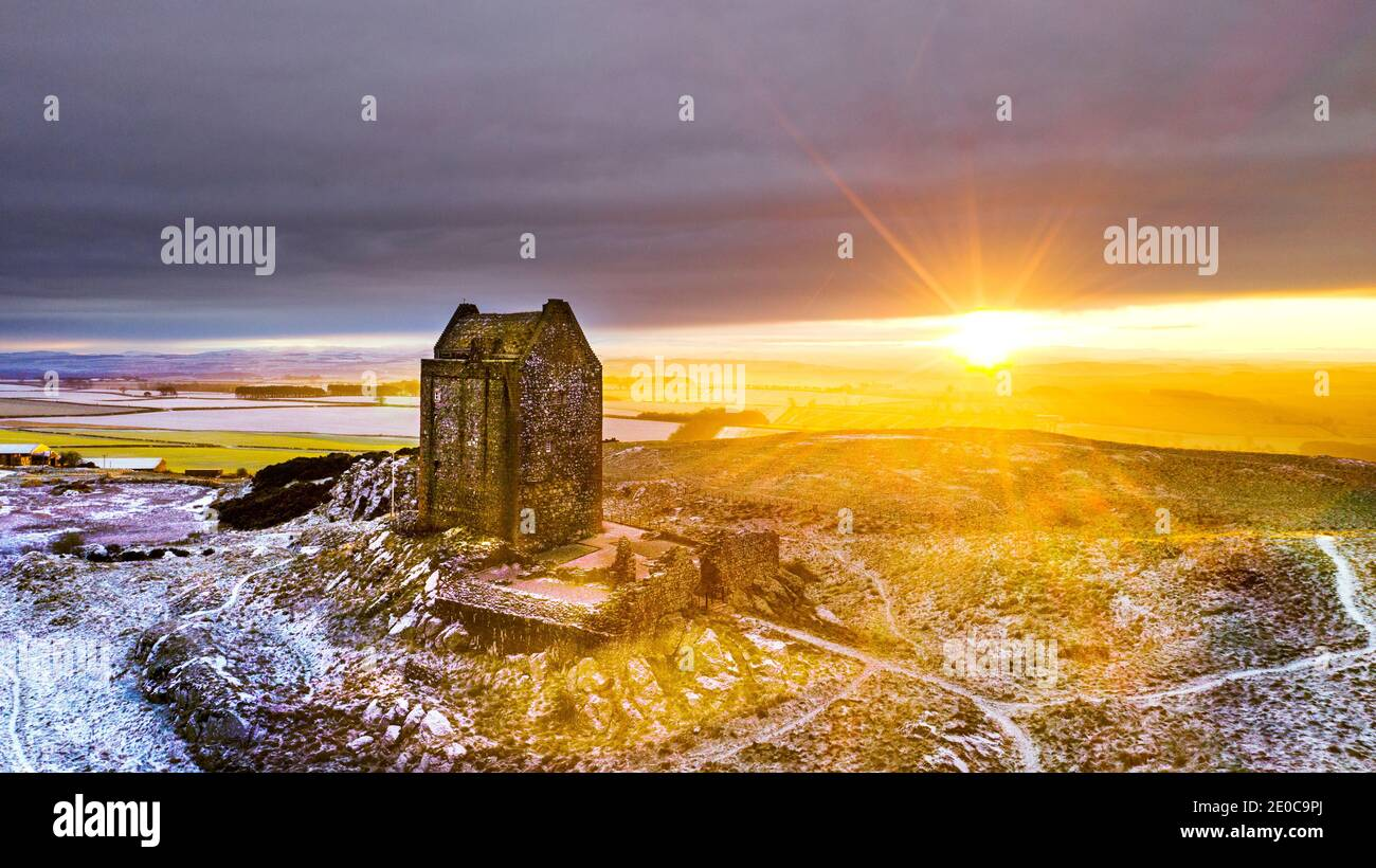 scotland-smailholm-tower-scottish-borders-uk-31st-dec-2020-scotland-uk-winter-sunshine-weather-frosty-cold-conditions-at-smailholm-tower-in-the-scottish-borders-as-the-golden-sun-rises-for-the-last-time-on-2020-on-the-historic-building-in-a-year-dominated-by-the-covid-coronavirus-virus-smailholm-tower-is-a-peel-tower-at-smailholm-around-five-miles-8-km-west-of-kelso-in-the-scottish-borders-its-dramatic-situation-atop-a-crag-of-lady-hill-smailholm-tower-was-originally-built-in-the-15th-century-or-early-16th-century-by-the-pringle-family-credit-phil-wilkinsonalamy-live-news-2E0C9PJ.jpg