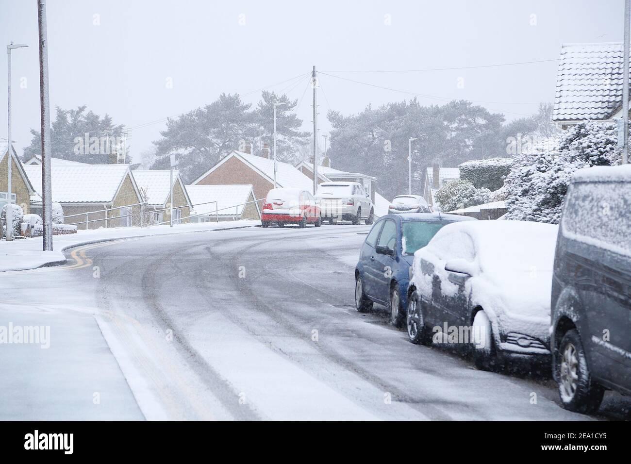 Ashford, Kent, UK. 07 Feb, 2021. UK Weather: Storm Darcy hits the town of Ashford in Kent. Photo Credit: Paul Lawrenson/Alamy Live News Stock Photo