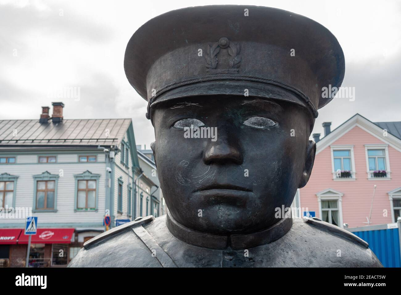 White painted eyes of The Bobby at the Market (Toripolliisi) statue at market square in Oulu Finland Stock Photo