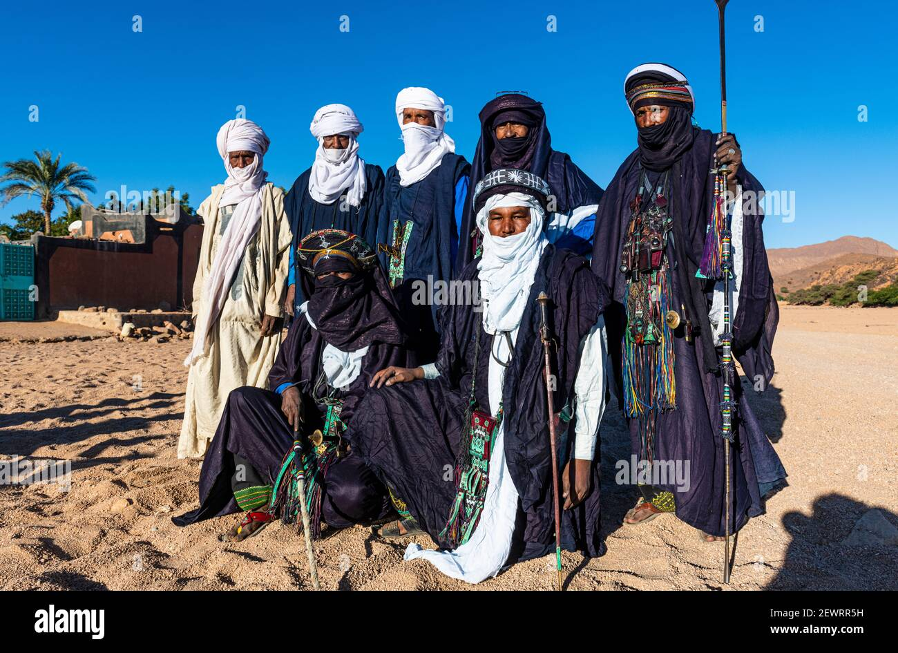 Traditional dressed Tuaregs, Oasis of Timia, Air Mountains, Niger, Africa Stock Photo