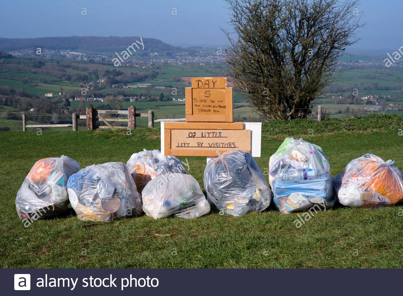 day-5-of-litter-left-by-visitors-rubbish-collected-by-local-volunteer-sign-at-coaley-peak-viewpoint-on-cotswold-edge-in-gloucestershire-uk-2F73C1H.jpg