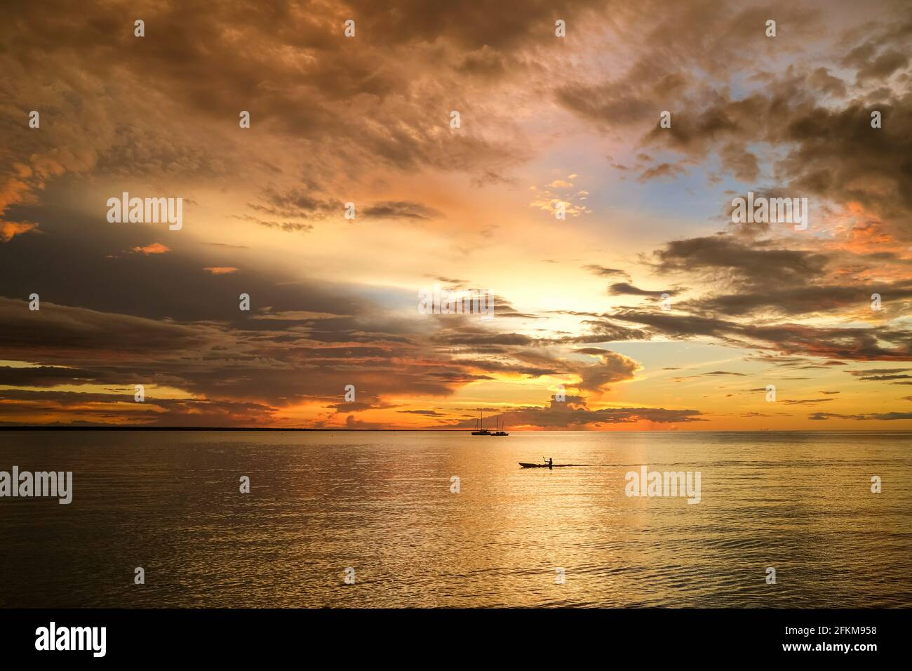 sunset-over-darwin-harbour-in-the-northe