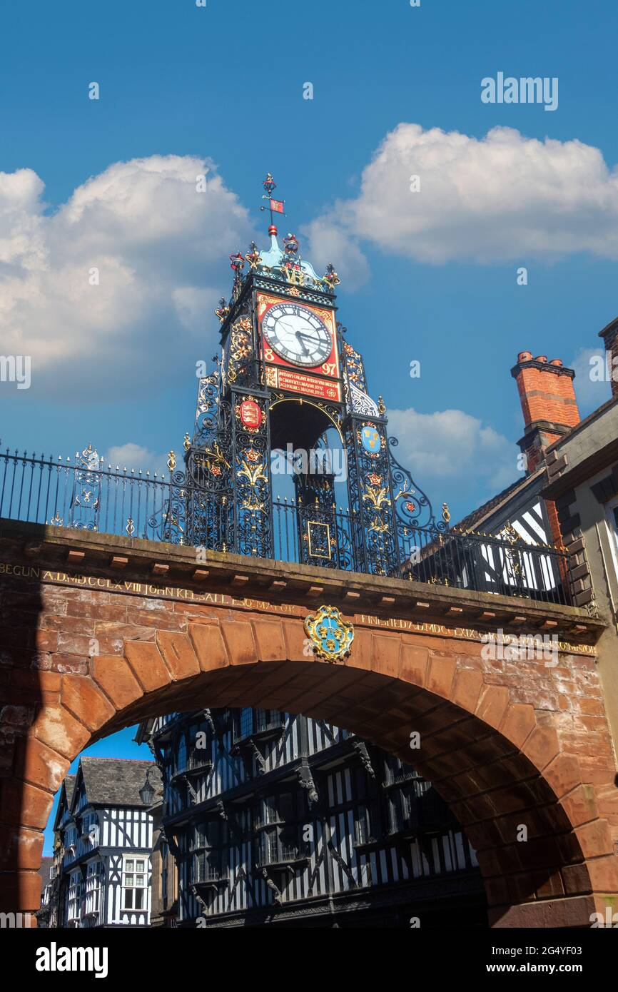 eastgate-clock-on-roman-wall-in-chester-