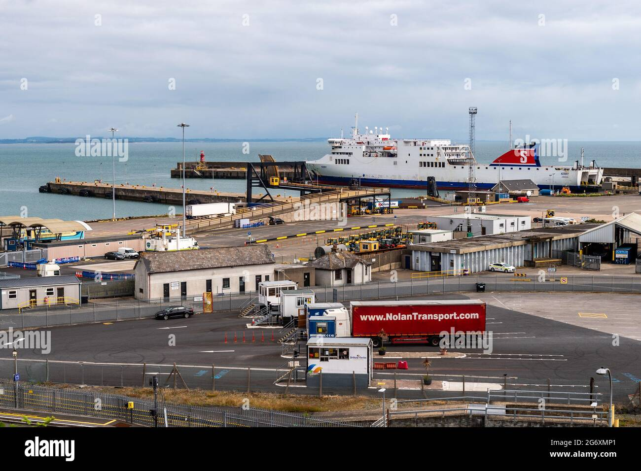 rosslaire-county-wexford-ireland-9th-july-2021-ro-ropassenger-ship-kerry-rests-at-rosslaire-europort-in-between-voyages-the-irish-revenue-has-been-physically-checking-4-of-freight-arriving-into-rosslaire-and-dublin-ports-since-brexit-in-january-credit-ag-newsalamy-live-news-2G6XMP1.jpg