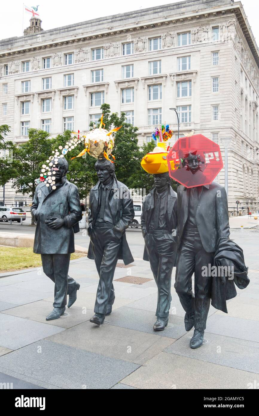 the-beatles-statue-by-andy-edwards-is-re