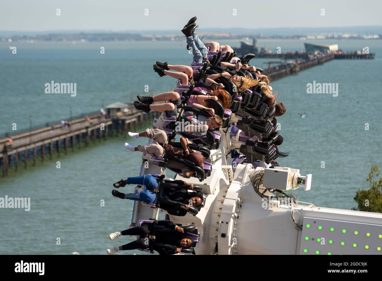 thrill-riders-on-axis-ride-on-seafront-theme-park-of-southend-on-sea-essex-uk-as-england-opens-up-after-lockdown-2GDC9JK.jpg