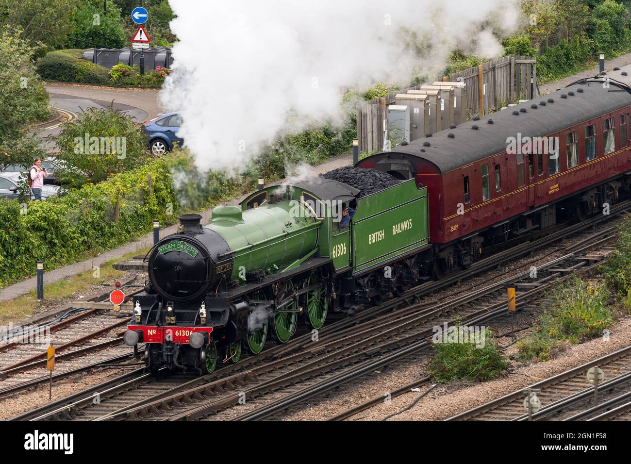 the-mayflower-61306-b1-steam-locomotive-