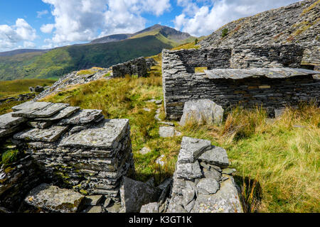 Craig Cwm Silyn on the Nantle Ridge seen from the former 'Prince Of Wales ' slate quarry at the head of Cwm Pennant, Snowdonia, North Wales, UK - Stock Image