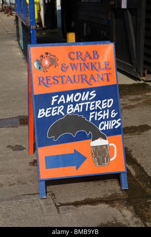 Un signe dans une ville balnéaire populaire - Image