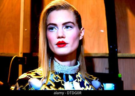 Models backstage at London fashion Week - Stock Image