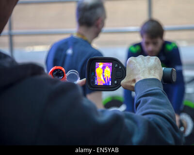 Manchester Velodrome, UK. 28th April, 2015. Alex Dowsett Team Movistar carrying out tests with infra red imaging - Stock Image