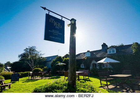 The Stackpole Inn, Stackpole, Pembrokeshire, Galles du Sud, Royaume-Uni. - Image de l'éditeur