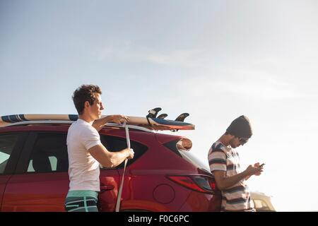 Friends on road trip - Stock Image