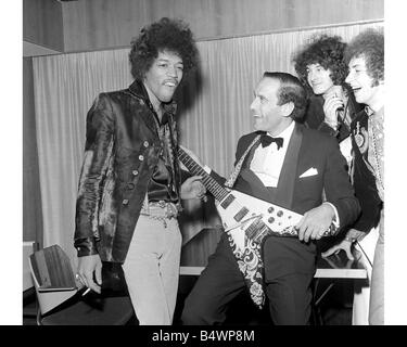 Jimi Hendrix The Jimi Hendrix Experience with Jeremy Thorpe leader of the Liberal Party back stage at the Royal - Stock Image