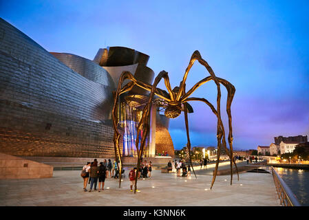 Guggenheim Museum at Evening, Bilbao, Biscay, Basque Country, Spain, Europe - Stock Image