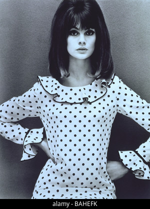 Jean Shrimpton in a Mary Quant dress. Photo by John French. England, 1964. - Stock Image