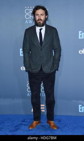 Santa Monica, California, USA. 11th Dec, 2016. Casey Affleck arrives for the 22nd Annual Critics' Choice Awards - Stock Image