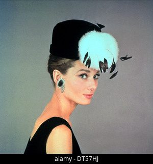 AUDREY HEPBURN BREAKFAST AT TIFFANY'S (1961) - Stock Image