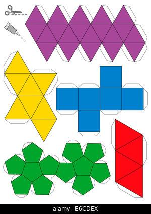 Modèle de modèle en papier des cinq solides platoniques, pour créer un engin tridimensionnel à partir des filets. - image d'archive