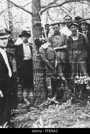 LYNCHING, 1936. /nA lynching in the American South, 1936. - Stock Image