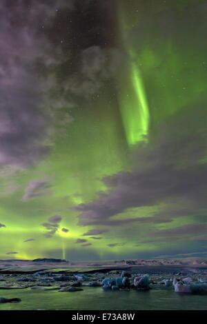 The Aurora Borealis (Northern Lights) over Jokulsarlon glacial lagoon on the edge of the Vatnajokull National Park, - Stock Image