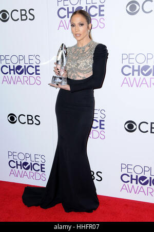 Los Angeles, CA, USA. 18th Jan, 2017.  Jennifer Lopez. 2017 People's Choice Awards 2017 Press Room held at the - Stock Image