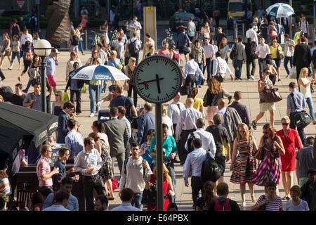 Evening Rush Hour - Canary Wharf - London - Stock Image
