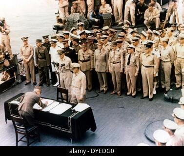 japanese General, signs Instrument of Surrender aboard USS Missouri 1945 - Stock Image