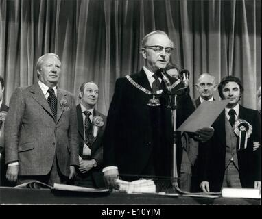 Oct. 10, 1974 - Edward Heath holds his seat in his Sidcup Constituenct with a Majority of 7,543: Photo Shows Mr. - Stock Image
