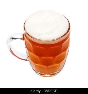 Pinte britannique de bière dans une cruche de bière traditionnelle - Image