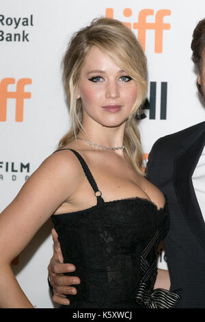 Toronto, Canada. 10th Sep, 2017. Jennifer Lawrence attends the premiere of 'Mother!' during the 42nd Toronto International Film Festival, tiff, at Princess of Wales Theatre in Toronto, Canada, on 10 September 2017. - NO WIRE SERVICE - Photo: Hubert Boesl/Hubert Boesl/dpa/Alamy Live News - Stock Image