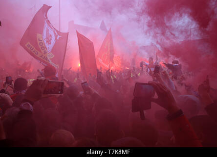 Anfield, Liverpool, UK. 7th May, 2019. UEFA Champions League football, semi final second leg, Liverpool versus FC Barcelona; Liverpool fans greet the arrival of the team coaches with smoke flares Credit: Action Plus Sports/Alamy Live News - Stock Image