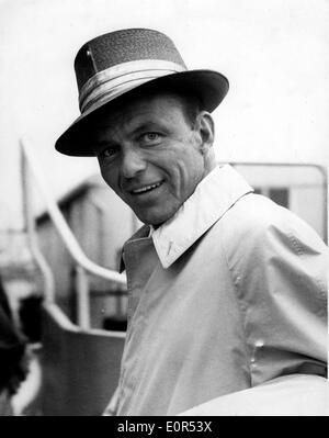 Close-up of Frank Sinatra as he arrives at Heathrow Airport - Stock Image