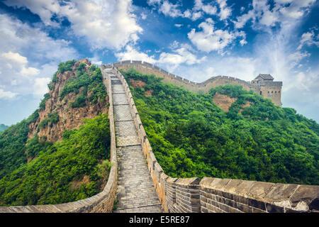 Great Wall of China. Unrestored sections at Jinshanling. - Stock Image