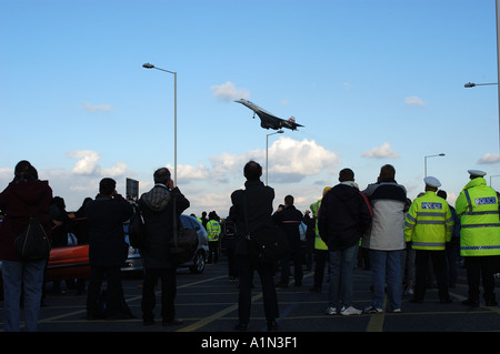 Concorde final commercial flight arriving at Heathrow airport - Stock Image