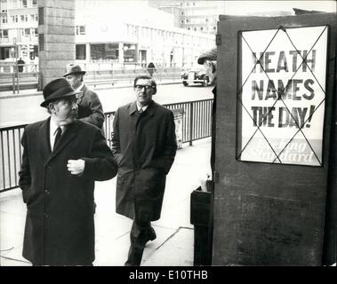 Feb. 02, 1974 - Joe gormley and Michael mcgahey takes the hint as ''Heath Names the day''. Today - Stock Image