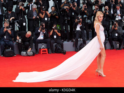 Venice, Italy. 2nd Sep, 2017. Chiara Ferragni at the premiere of the film Suburbicon at the 74th Venice Film Festival, Sala Grande on Saturday 2 September 2017, Venice Lido, Italy. Credit: Doreen Kennedy/Alamy Live News - Stock Image