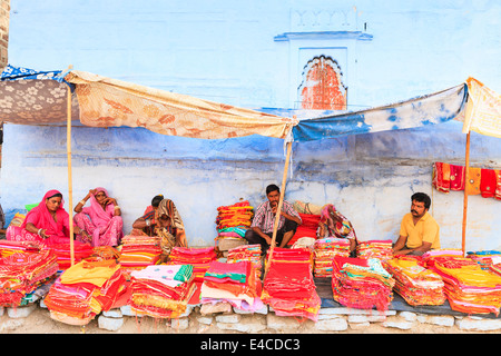 Silk stall, Jodhpur, Rajasthan, India - Stock Image