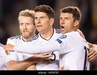 Baku, Azerbaijan. 26th Mar, 2017. Germany's Mario Gomez (C) celebrates his 3-1 goal with teammates Andre Schuerrle - Stock Image
