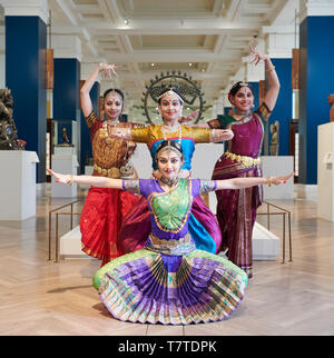 London, UK. 9th May 2019. Dancers in the British Museum¡¯s Joseph Hotung Gallery to launch the 40th anniversary celebrations of South Asian dance organisation Akademi. Credit: Thomas Bowles/Alamy Live News - Stock Image