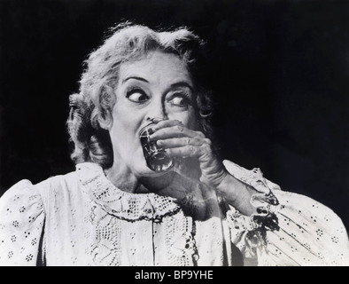 BETTE DAVIS WHAT EVER HAPPENED TO BABY JANE? (1962) - Stock Image