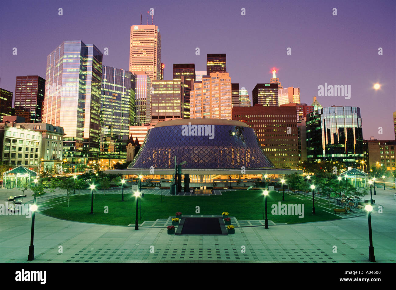Canada Ontario Toronto Roy Thompson Hall and the financial district at dusk - Stock Image