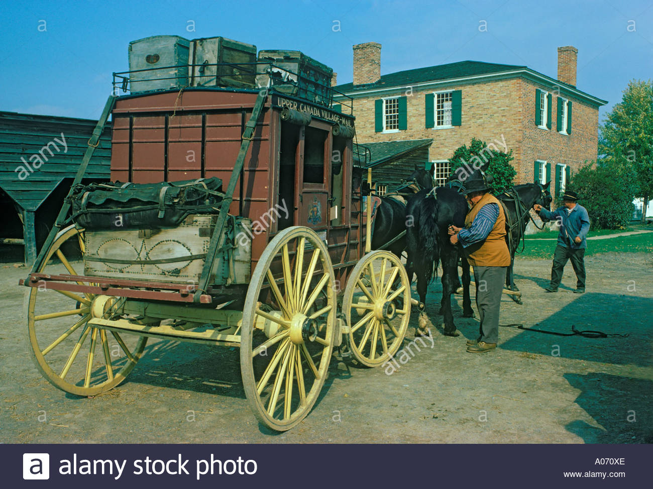 stagecoach-at-upper-canada-village-near-