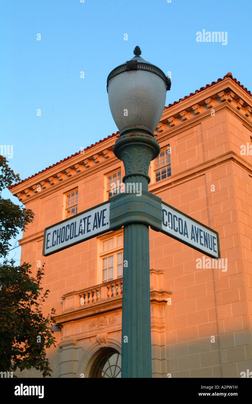 Downtown Hershey has streets named for the city s products such as Chocolate Avenue and Cocoa Avenue Stock Photo
