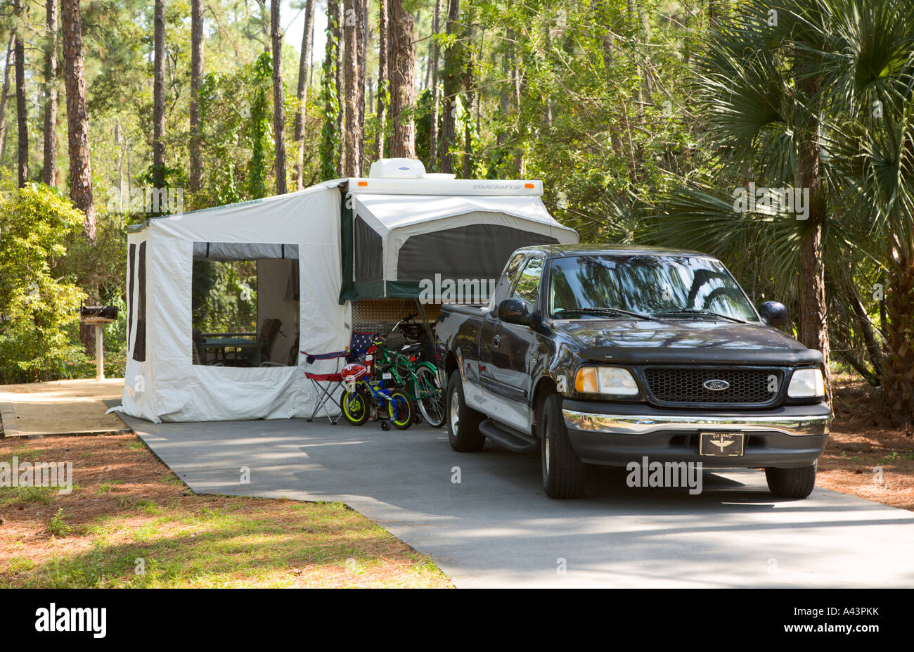 Pop Up Camper At Campsite In Fort Wilderness Resort In