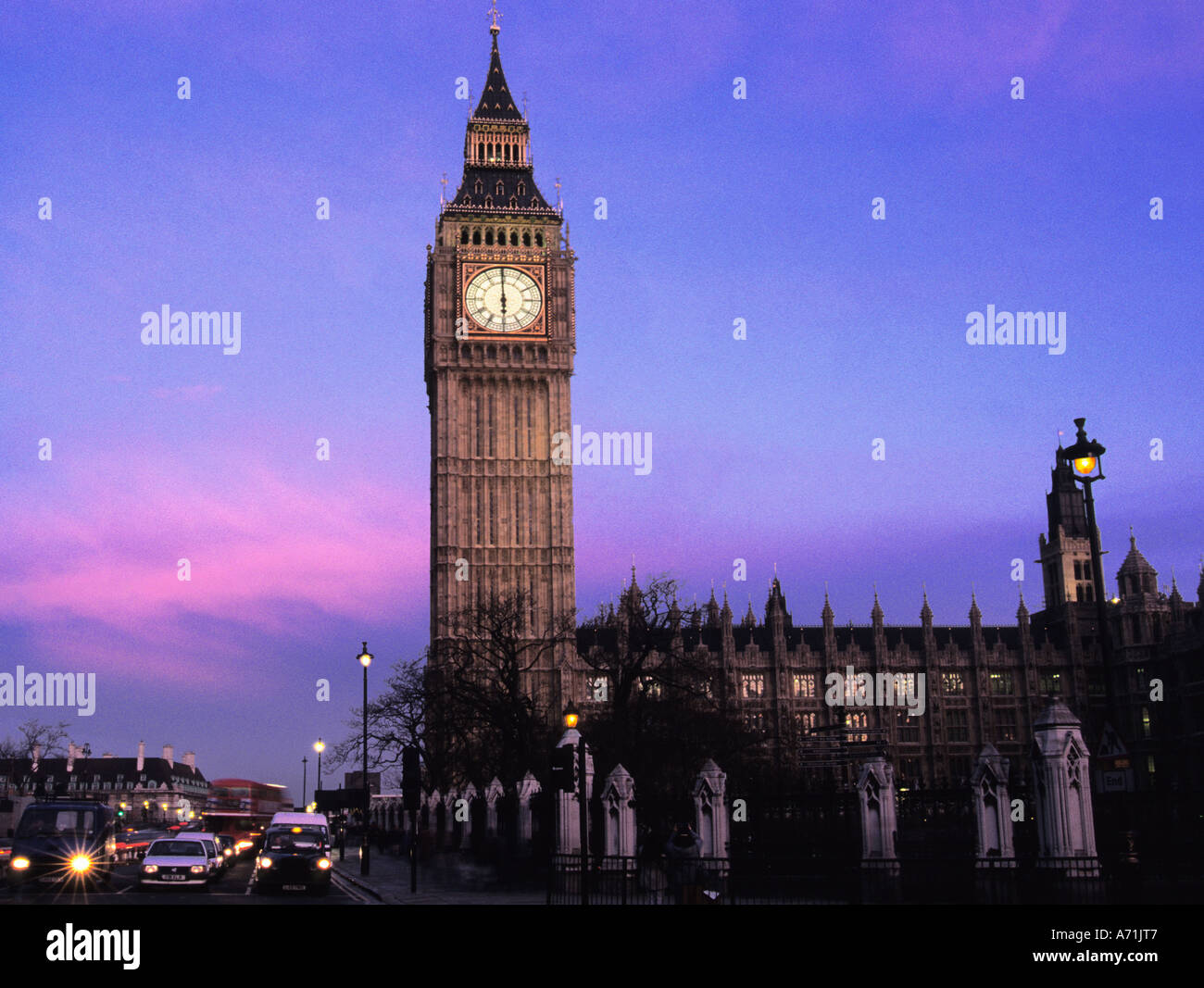 Europe England United Kingdom UK Great Britain Westminster London Big Ben Houses of Parliament at Dusk Europe - Stock Image