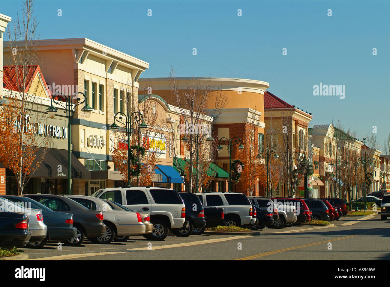 usa-maryland-bowie-town-center-shopping-mall-A8966W.jpg